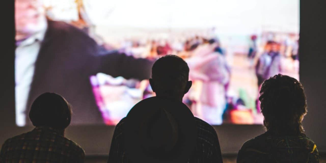 おうちシネマで未来を支える|アップリンクオンライン映画館のススメ
