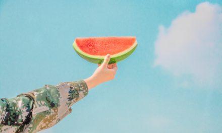 【シャイニージェル】夏に似合う、マットなミラーネイル
